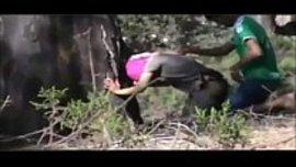 نيك في الخلاء امام الشجرة و اسخن سكس عربي بتصوير خفي ساخن جدا