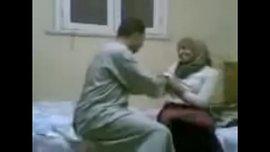 الشرموطة المصرية المحجبة في اسخن نيك عربي