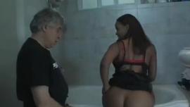 السيدات العاريات يئن من المتعة أثناء الحصول على حميرهم مارس الجنس بشدة ، في مواقف مختلفة
