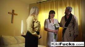 الزوجة تأتي إلى المنزل من قبل عشيقها وتُظهر زوجها www.facesexy.com.br أنبوب الإباحية الحرة - mp4 إباحية، سكس سكس عربي