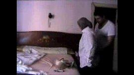 طبيب مصري ينيك ممرضة ساخنة في شقته ويصورها ويبتزها الفيديو الإباحية