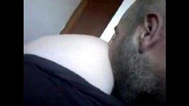 سكس جزائري نار مع نياكها يلحس خرم طيزها الوردي ويهيجها قبل نيكها