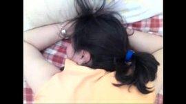 نيك طيز عربية لفتاة جد ممحونة ساخنة راقدة على بطنها