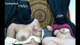 سكس سحاق سعودي جديد امهات منقبات عرب يتساحقون Hd الفيديو الإباحية