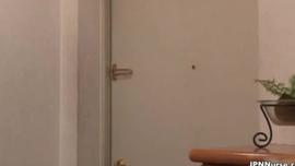 ممرضة قرنية في جوارب يجري مارس الجنس مع مزيج بروتين قضيب جلدي maledom