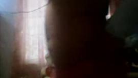 غالبًا ما تمارس شقراوات ، آنا بيل وبيل بلانك ، الحب مع بعضهما البعض في غرفة فندق