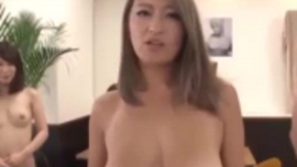 كبير الثدي اليابانية وقحة مارس الجنس بحماس من قبل الرجل الأسود ومن المؤكد أن تفقد عقلها مرة أخرى