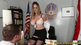 شرطية الأفلام الإباحية العربية