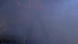 جانيس جريفيث تمتص قضيبًا كبيرًا مثل المحترفين ، وتدخله في أعماق كسها