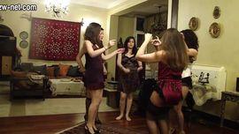 رقص سكس حفلة شراميط مصر في بيت دعارة في قلب المحروسة